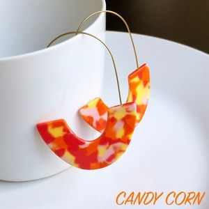 "Jewelry - NEW ""Azalea"" U Acrylic Earrings (candy corn)"